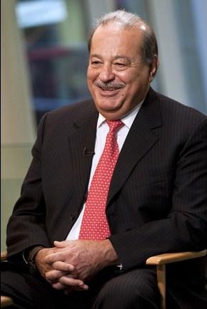کارلوس اسلیم – مکزیک – میزان دارایی 74 میلیارد دلار