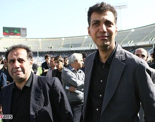 عکس: گریه عادل فردوسی پور در مراسم تشییع پیکر ناصر حجازی
