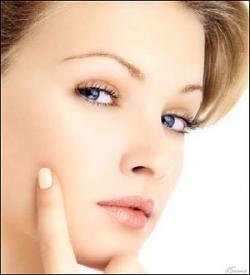 5 عادت اشتباه كه برای زیبایی شما مضر هستند