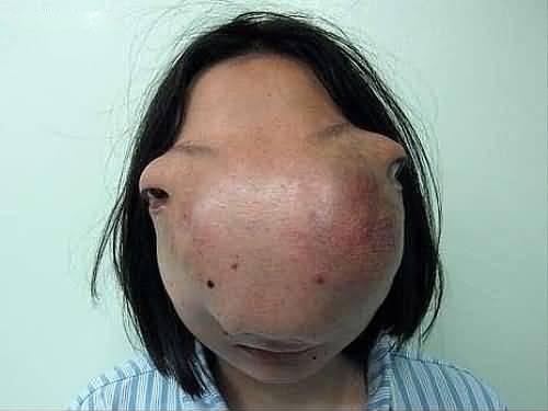 دختری چینی با چهره ای فوق العاده عجیب!!