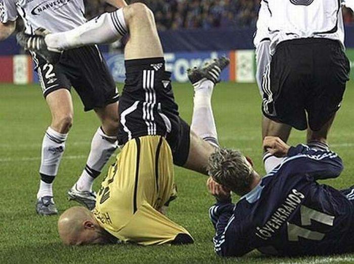 عکس های جالب و خنده دار از حوادث فوتبال | www.Alamto.Com
