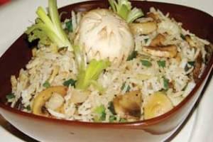 طرز تهیه خوراك قارچ با برنج