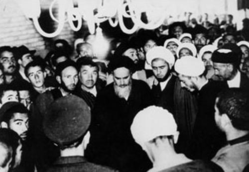 قیام 15 خرداد به روایت تصویر