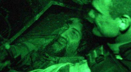 عکسی از جنازه اسامه بن لادن قبل از انداختن آن به دریا
