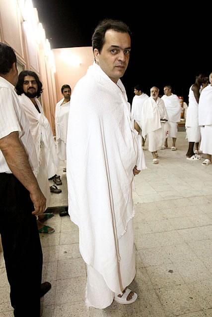 عکسهای بازیکنان تیم پرسپولیس در مکه با لباس احرام | www.Alamto.Com