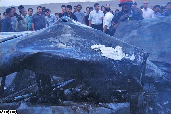 تصادف دلخراش و سوختن 5 عضو یک خانواده در آتش! (+عکس) | www.Alamto.Com