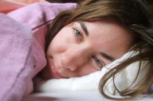 دلایل بروز بیخوابی و راه های درمان آن