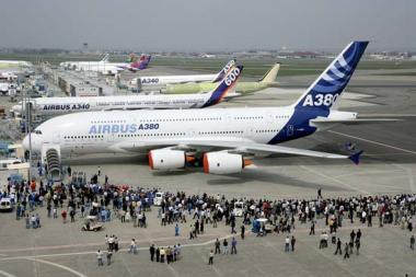 هواپیماها عامل بارندگیهای زیاد در مناطق نزدیک به فرودگاهها