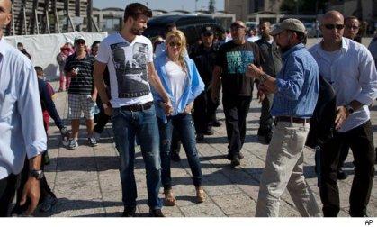 خشم مسلمانان طرفدار بارسا از اقدام پیکه +عکس | www.Alamto.Com