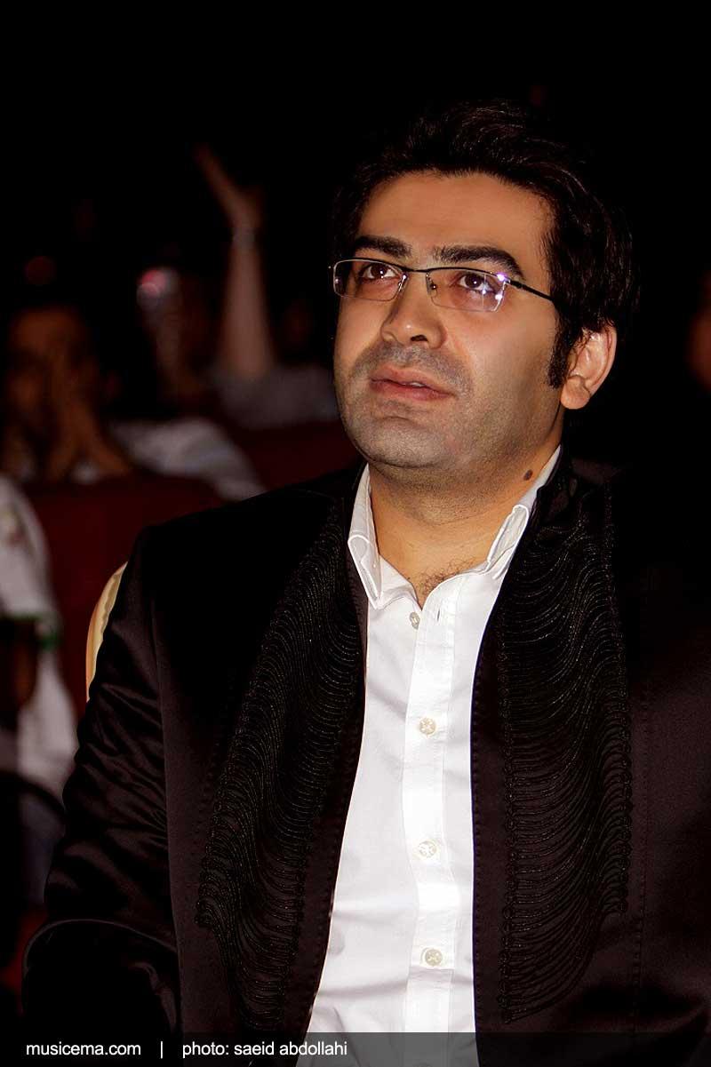 فرزاد حسنی در کنسرت موسیقی