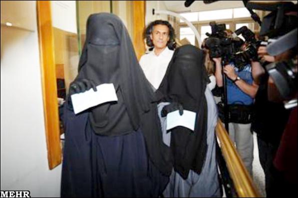 تاجر فرانسوی جریمه زنان روبنده پوش بلژیک را پرداخت کرد