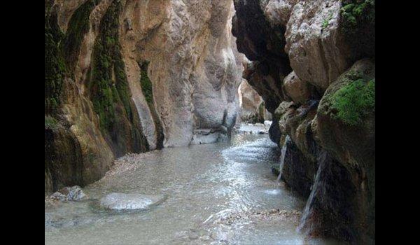 ایرانگردی : عکس چشمه آب گرم مرتضی علی (ع)