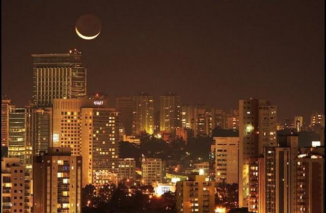 تصاویر فوق العاده قشنگتر از ماه
