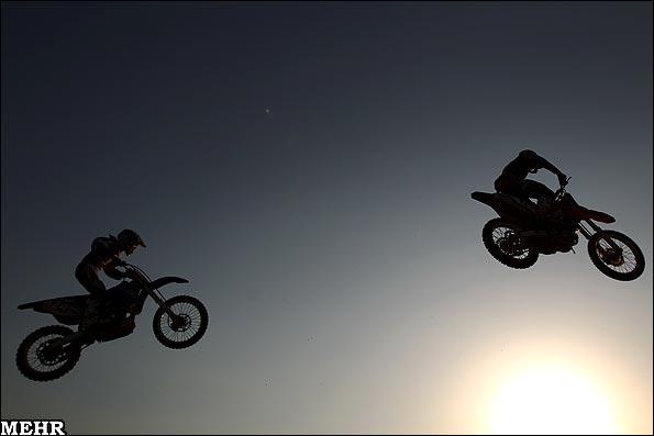 عکس های مسابقات موتور کراس قهرمانی آسیا