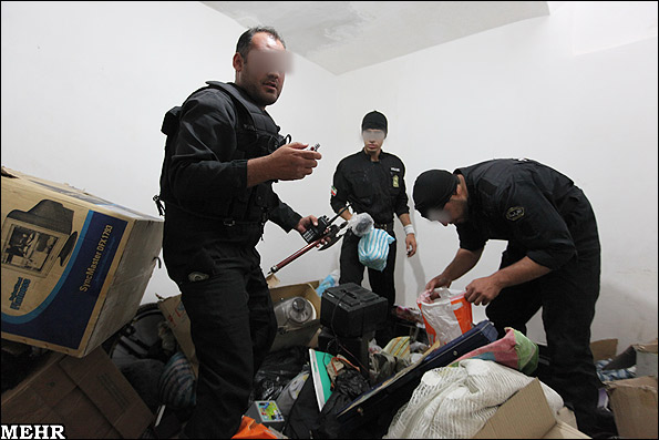 عکس های اجرای طرح دستگیری سارقین و فروشندگان مواد مخدر