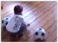 کلیپ جالب و دیدنی پسر بچه فوتبالیست