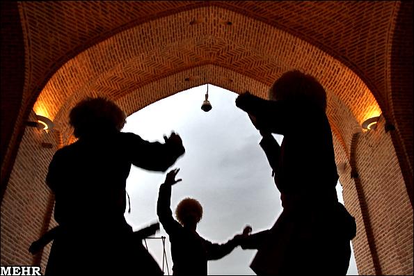 عکسای جشنواره آیینای نوروزی تو تهران