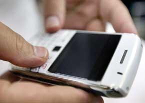 به کار گیری گوشی موبایل سرطان زا هستش