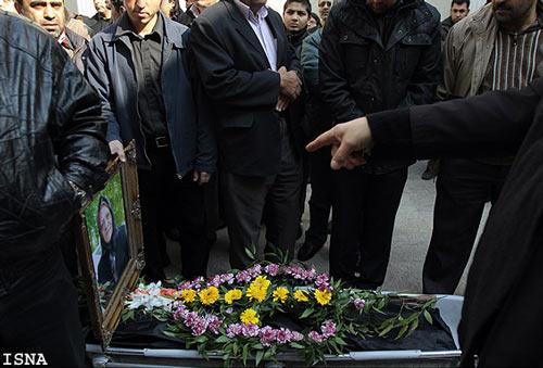 عکس های مراسم تشييع پيكر مهري وداديان با حضور هنرمندان | www.Alamto.Com