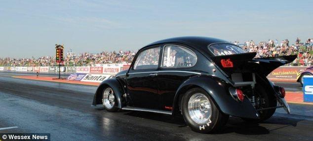 فولکسواگنی که در 1.6 ثانیه به سرعت 100 کیلومتربرساعت میرسد! +تصاویر   www.Alamto.Com