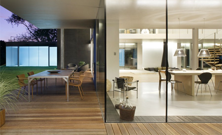 خانه ای جالب با طراحی خاص و امنیت بالا! +عکس   www.Alamto.Com