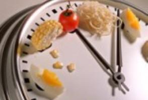 هر چه بیشتر بخورید ، سریعتر لاغر می شوید!