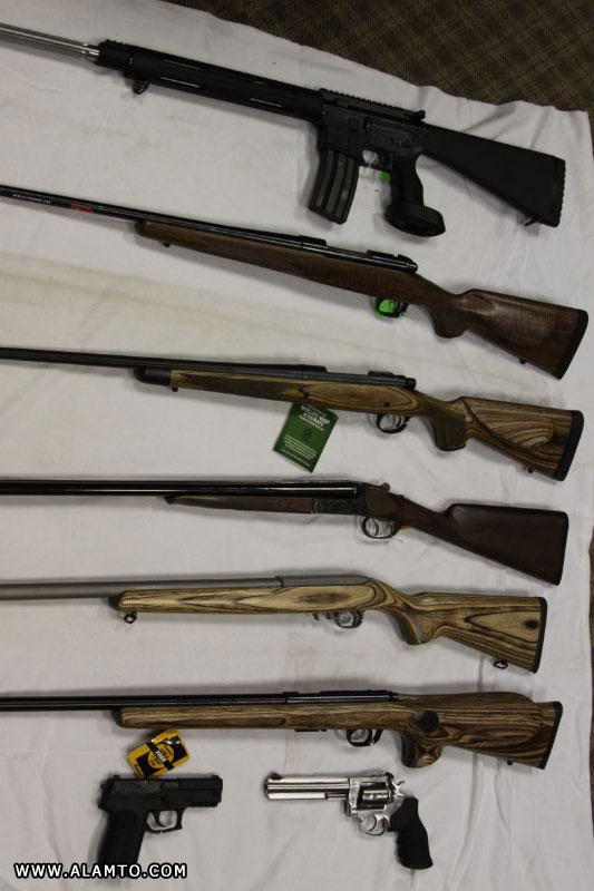 ارسالی کاربران : عکس اسلحه های مدرن و قدیمی