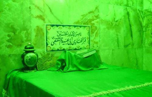 """تصاویری از قبر """"مختار"""" در کوفه"""