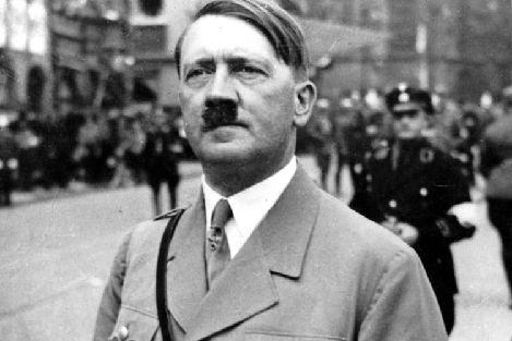 راز سبیل هیتلر... | wWw.Alamto.Com
